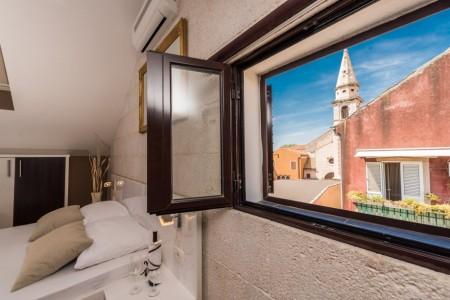 Hotel u centru Zadra s pogledom na Sv. Donat, 182 m2