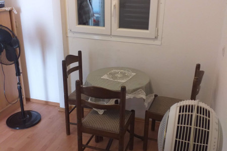Petrčane, Punta Skala - vikendica s 3 apartmana i pogledom na more