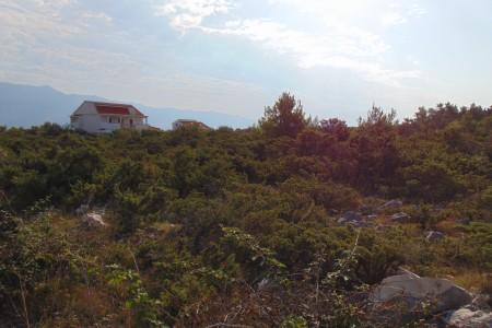 Ražanac, Jovići - građevinsko zemljište, 901 m2