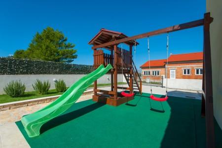 Ninski Stanovi - kuća za odmor, 115 m2