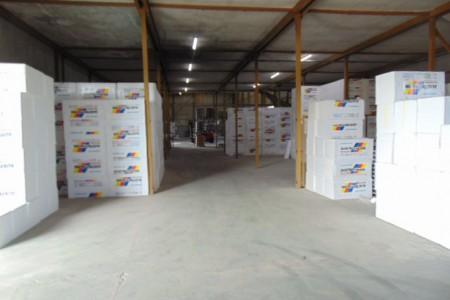 Vodice, hala za razne namjene 1096 m2, dvorište 1700 m2