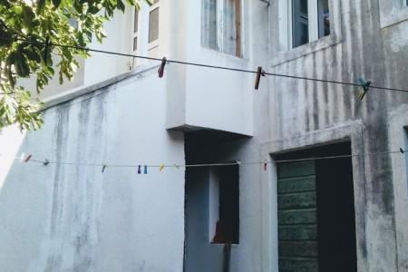 Šibenik - dio kuće u centru 110 m2, dvorište 130 m2
