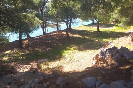 Starigrad Paklenica - building plot 1st row from the sea, 1000 m2
