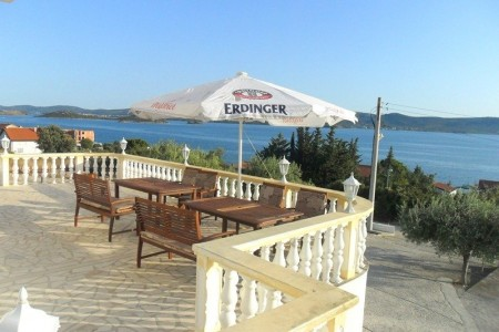 Sveti Petar na Moru, pansion s 15 soba i restoranom, 600 m2